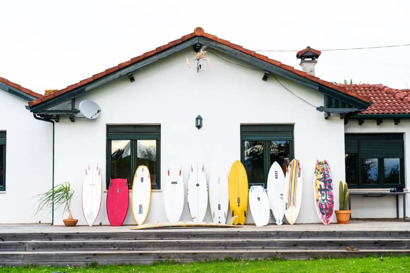 como se hacen las tablas de surf